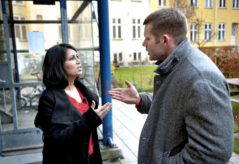 Özlem Cekic og Joachim B. Olsen blev bestemt ikke enige om, hvorvidt der findes fattige mennesker i Danmark.