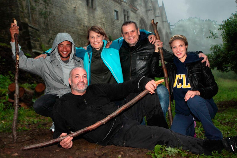 Kim Bodnia var hovedpersonen i aftes. Her omgivet af de andre stjerner på slottet, Remee, Anja Andersen, Hans Pilgaard og Christiane Schaumburg-Müller.