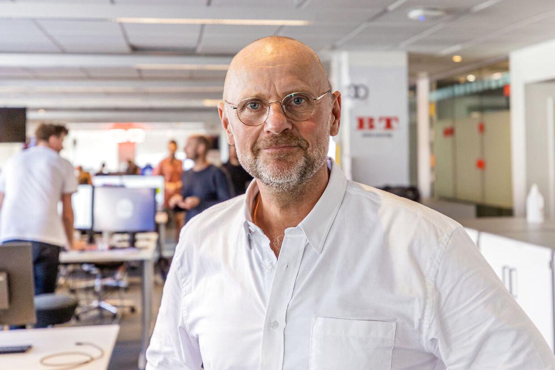 Portrætbillede af Henrik Qvortrup på B.T.-redaktionen. August 2020.