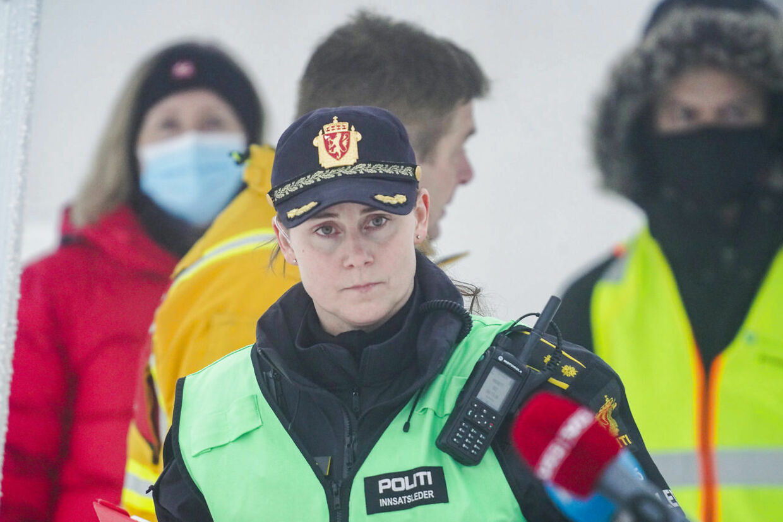 Politiets indsatsleder Mari Stoltenberg på mandagens pressemøde.