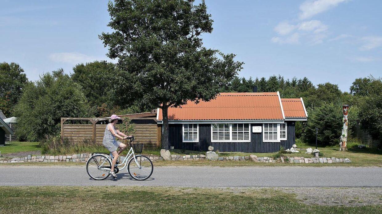 Tre ud af fem danskere regner med at holde ferie i Danmark i år, og udlejning og salg af sommerhuser er eksploderet. (Arkivfoto)