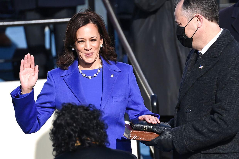 Vicepræsident Kamala Harris ved indsættelsen.