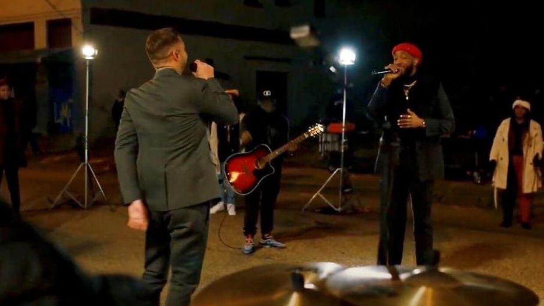 Her optræder Ant Clemons sammen med gigastjernen Justin Timberlake til indsættelsen af Joe Biden.