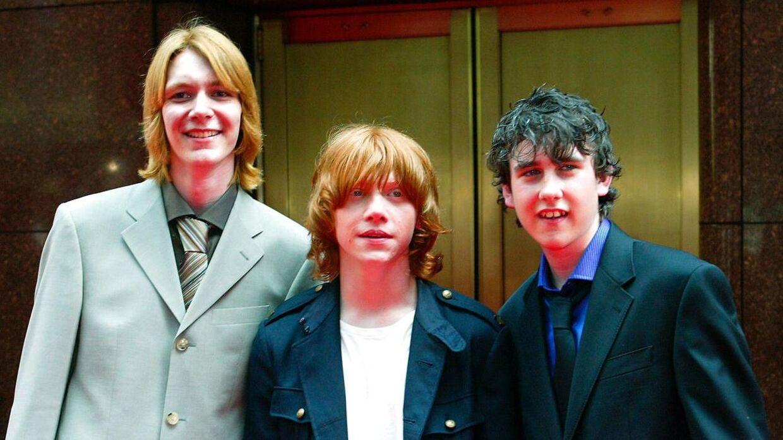 Matthew Lewis ses yderst til højre på præmieren på 'Harry Potter og fangen fra Azkaban' tilbage i 2004.