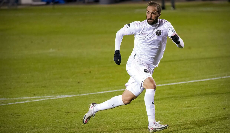 Gonzalo Higuain spiller i dag i USA.