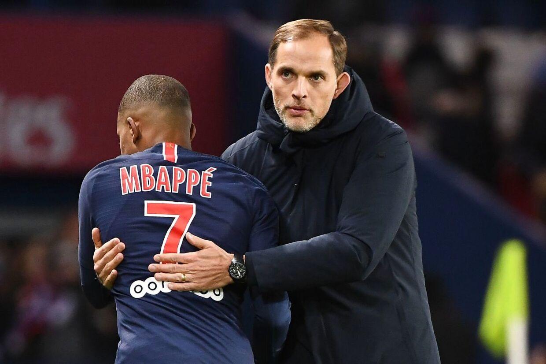 Thomas Tuchel nåede kun at være arbejdsløs i en måned, inden han skrev kontrakt med Chelsea. Tidligere var han træner i franske Paris Saint-Germain i to og en halv sæson.