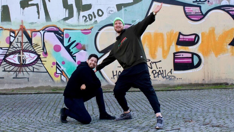 Benjamin Rasmussen Nikkhah og Asger Tobias Brodtkorb blev på grund af corona fyret fra deres job i lufthavnen. Nu starter de deres egen biks op.
