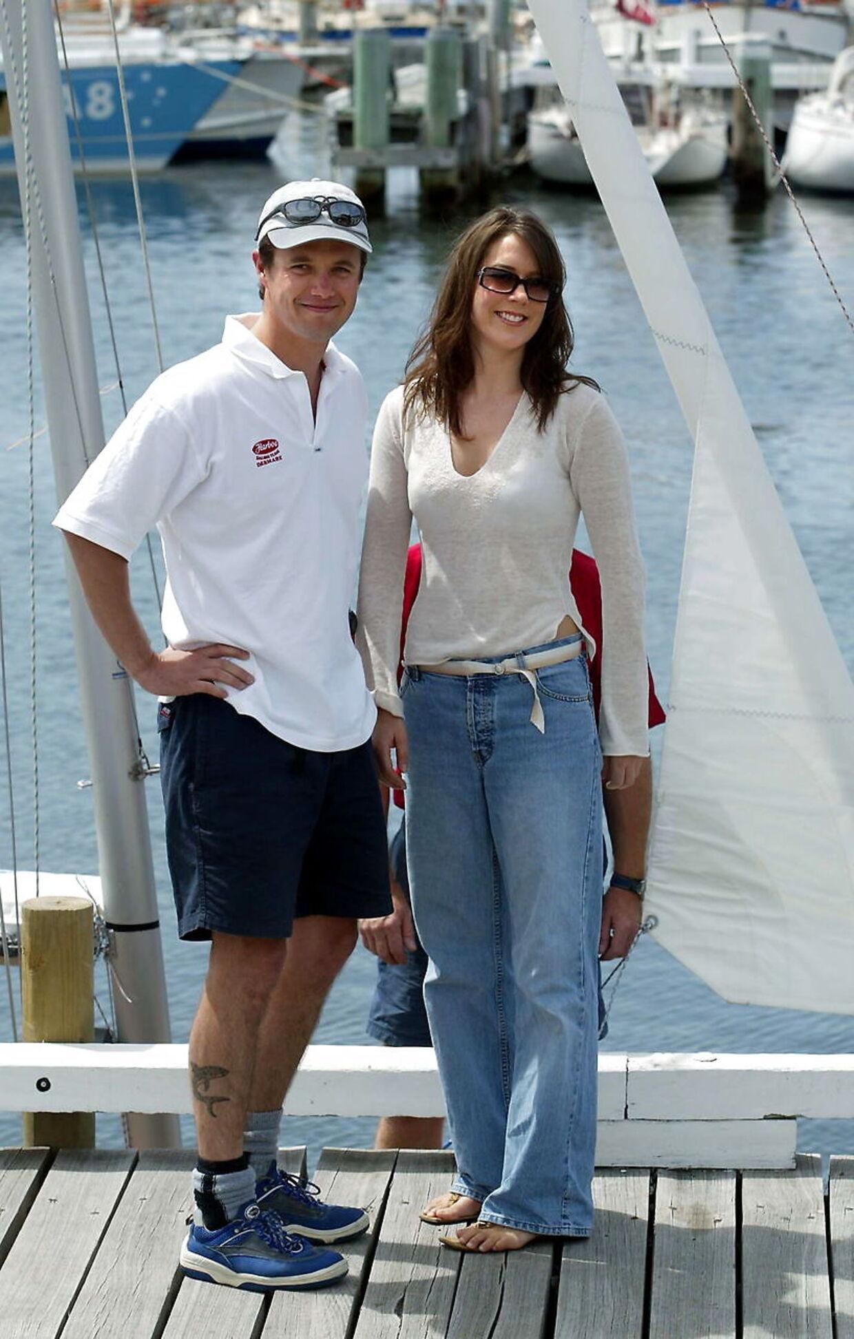 Очень расслабленные наследный принц Фредерик и Мэри Дональдсон в гавани Хобарта.