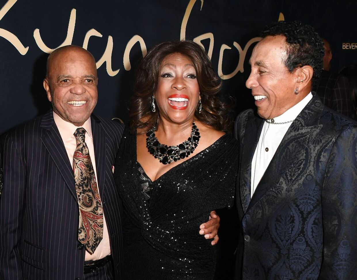 (FILES) In this file photo founder of the Motown record label Berry Gordy (L), singer from The Supremes Mary Wilson (C) and singer/songwriter Smokey Robinson arrive for the Ryan Gordy Foundation 60 Years of Motown Celebration at the Waldorf Astoria in Beverly Hills on November 11, 2019. - The death of singer Mary Wilson, co-founder of the trio Supremes, has just been announced by her publicist Jay Schwartz. She died Monday night, February 8, at her home in Las Vegas. She was 76 years old. (Photo by Mark RALSTON / AFP)