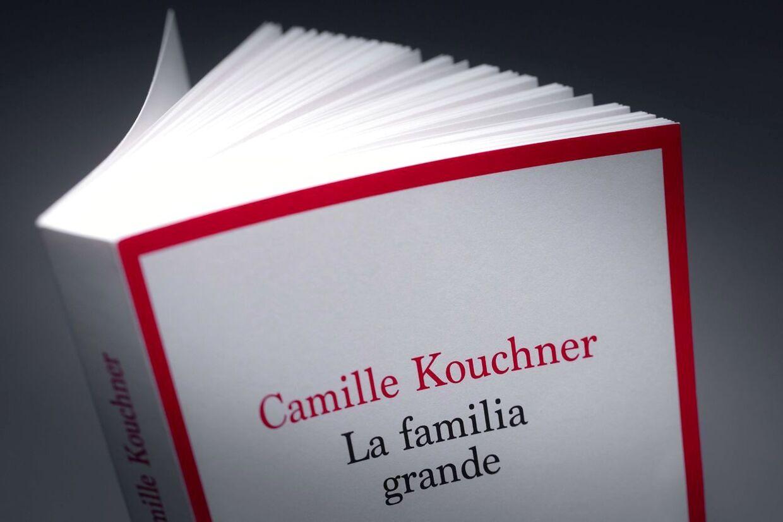 Bogen, der har fået lavinen til at rulle i Frankrig.