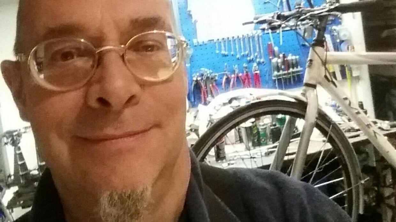 Søren Emil de Roepstorff har ikke haft sin cykelhandel lukket.