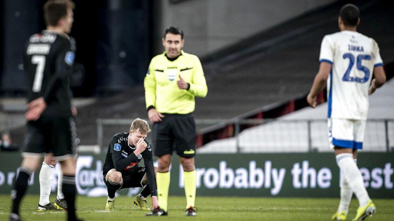 Sandi Putros dømte tre forkerte straffespark i kampen mellem FCK og Sønderjyske.