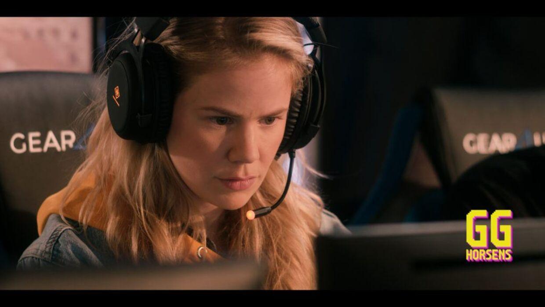 Julie Zangenberg i rollen som gameren Sandra i første sæson af 'GG Horsens'.