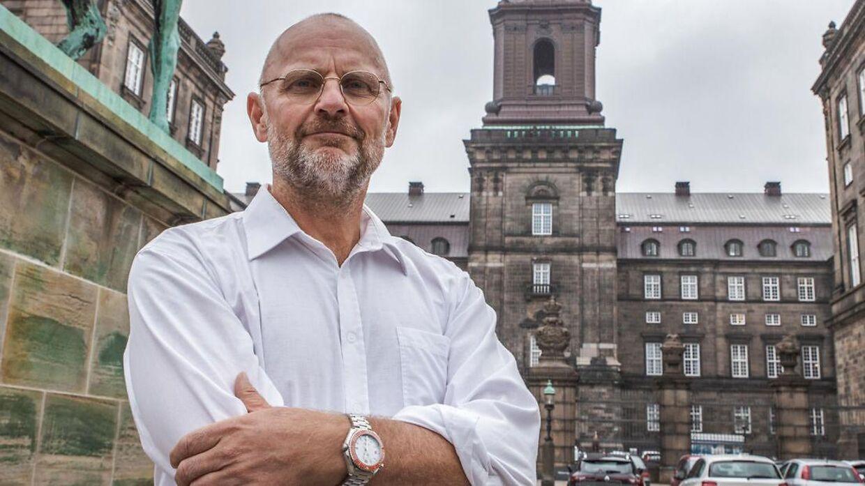 Portræt af politisk redaktør på B.T. Henrik Qvortrup ved Christiansborg, oktober 2020.