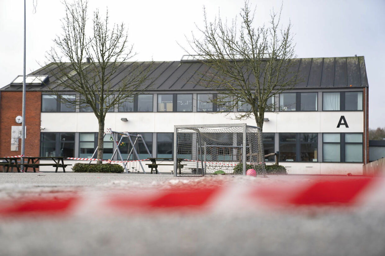 Brændkjærskolen i Kolding, fredag den 19. februar 2021. Børnene fra Munkevængets Skole må vente en ekstra uge, før de kan vende tilbage fra vinterferien på grund af opblussen af covid-19 smitte.. (Foto: Claus Fisker/Ritzau Scanpix)
