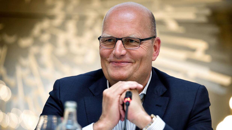 Saxo Bank og Bjarne Riis hænger sammen i danskernes cykelbevidsthed, men nu er storbanken blevet sponsor for et tysk team.