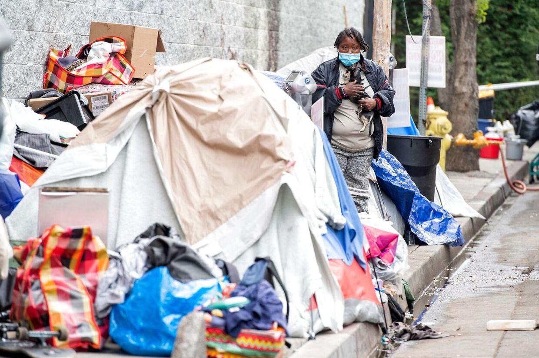 På grund af covid-19-krisen har L.A. flere hjemløse end nogensinde før.