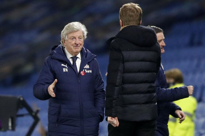 Roy Hodgson, manager for Crystal Palace, takker for kampen mandag aften. Crystal Palace vandt 2-1 ude over Brighton på et mål fem minutter inde i tillægstiden. Frank Augstein/Reuters