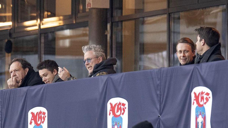 Thomas og Hugo Helmig var begge på tribunen til støtte for AGF i superligakampen mellem AGF og SønderjyskE på Ceres Park i Aarhus.