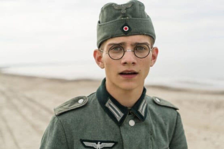 Stefan Berger spilles af den tyske skuespiller Juls Serger.