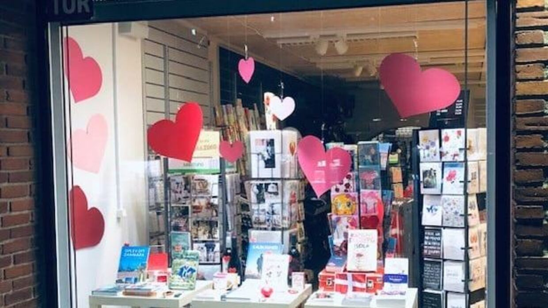 Bogormen i Hadsten åbner sin butik 1. marts ved midnat. Foto: Facebook