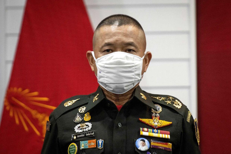 De øverstbefalende for Thailands hær, general Narongphan Jitkaewtae har bedt om, at processen for at udnævne folk til de fredsbevarende FN styrker, bliver strammet op.