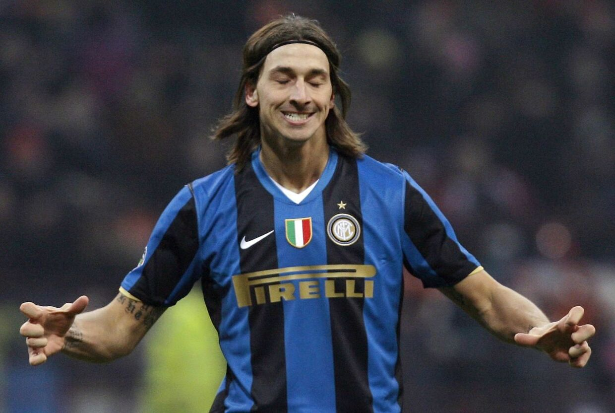Inter Milan's Zlatan Ibrahimovic reacts after missing a goal opportunity against Cagliari during their Italian Serie A soccer match at the San Siro stadium in Milan January 10, 2009. REUTERS/Alessandro Garofalo (ITALY)