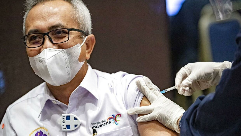 Vaccinensdækningen er fortsat ikke stor nok til at åbne samfundet, mener Hans Jørn Kolmos.