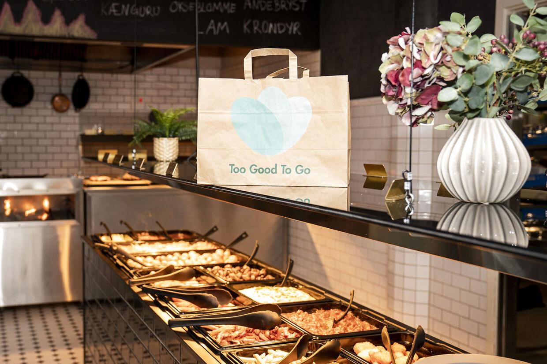 Too Good To Go hos Restaurant Flammen, en af Too Good To Gos partnere, på Nyropsgade i København, onsdag den 3. juni 2020.. (Foto: Niels Christian Vilmann/Ritzau Scanpix)