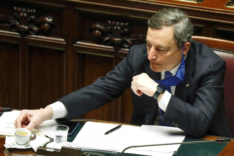 Italiens nye premierminister, Mario Draghi, ses her i parlamentet den 18. februar. Pool/Reuters