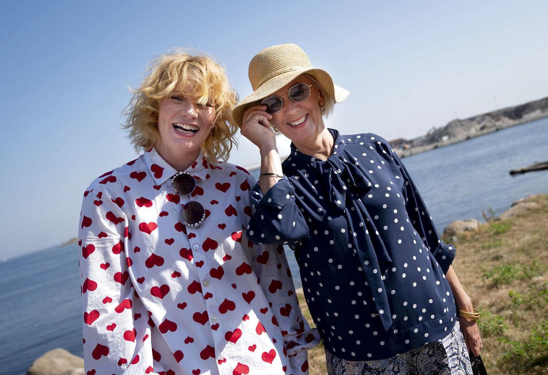 Annika Aakjær og Anne Dorte Michelsen var sidste år med i jubilæumsudgaven af TV2's 'Toppen af poppen'.