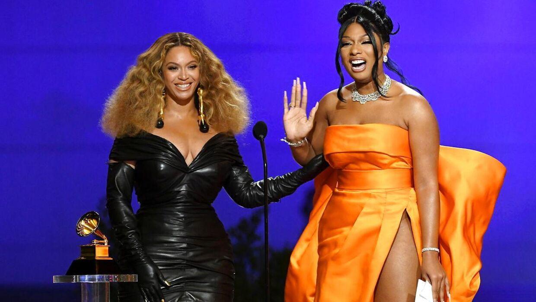 Beyonce på scenen med Megan Thee Stallion.