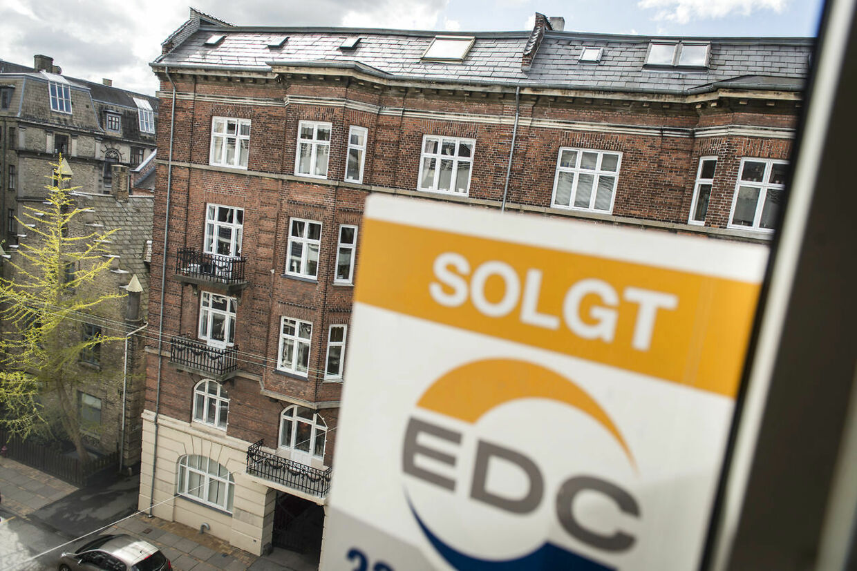 Ejerlejligheder og huse går som varnt brød i København og andre større byer.