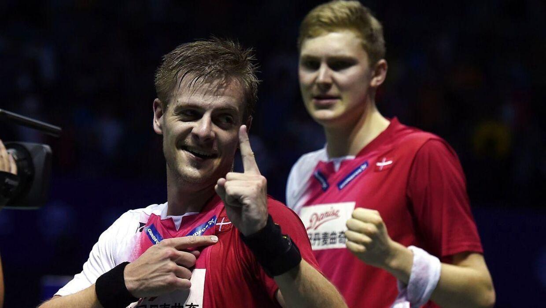 Hans-Kristian Vittinghus, Viktor Axelsen og resten af de danske spillere ved All England befandt sig tirsdag i en mærkværdig situation, hvor de ikke vidste, om de ville komme i kamp eller ej.