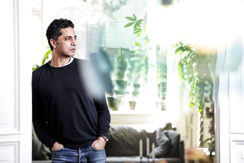 Manu Sareen er tidligere radikal minister for, børnebogsforfatter og i gang med uddannelse til sexolog. Nu stiller han op for et nyt parti.