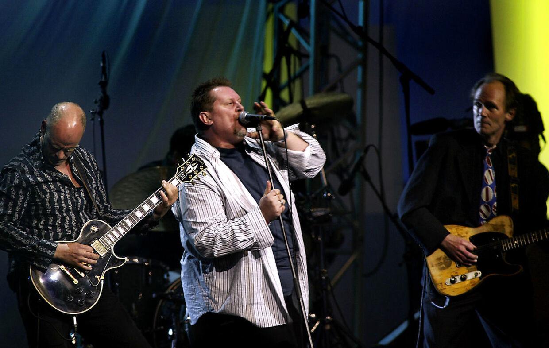 Alex Nyborg Madsen og Led Zeppelin Jam. Til højre er det den nu afdøde CV Jørgensen-guitarist Ivan Horn.
