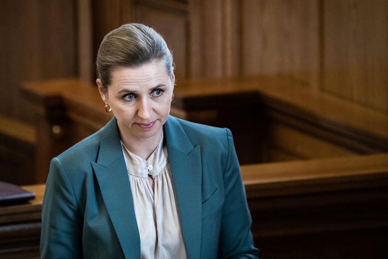 Statsminister Mette Frederiksen (S) har ikke længe til at finde en løsning i Syrien-sagen.