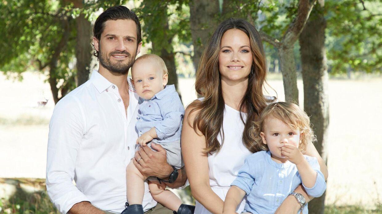 Nu er den lille familie blevet fem i stedet for fire.