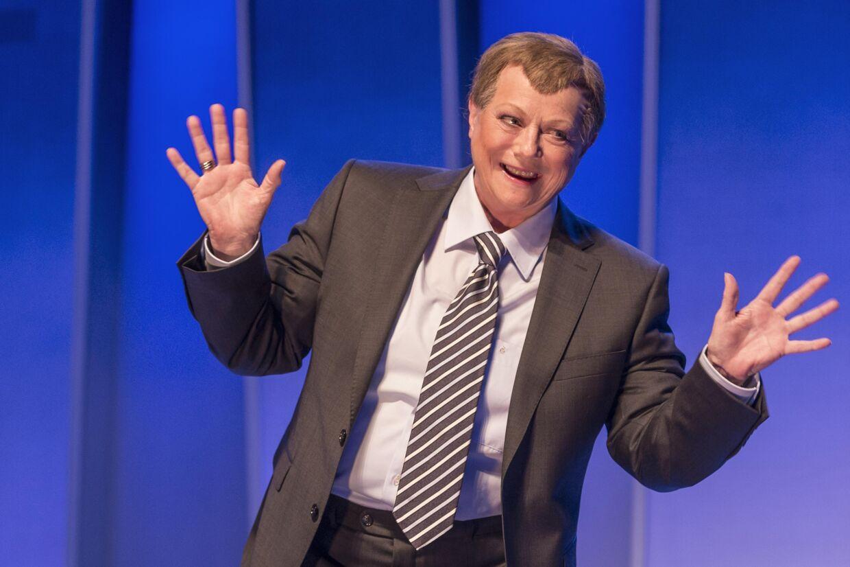 Tidligere statsminister Lars Løkke Rasmussen er blot en af de mange kendte danskere, som Lisbet Dahl har parodieret gennem årene.
