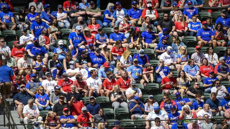 Mange af sæderne på stadion i Texas var fyldte.