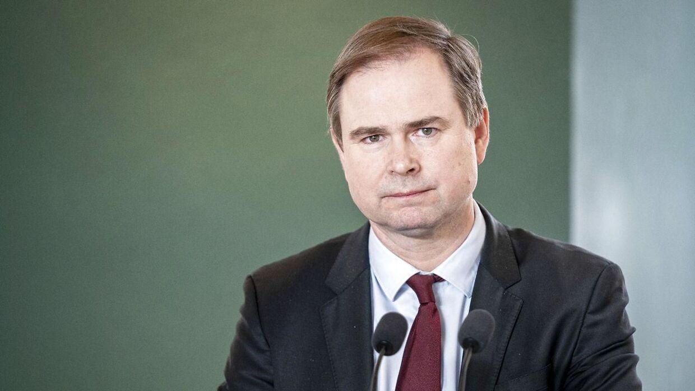 Finansminister Nicolai Wammen skriver i et svar til Enhedslisten, at et nyt loft over fradrag på direktørlønninger kan komme til at koste alle lønmodtagere. (Arkivfoto)