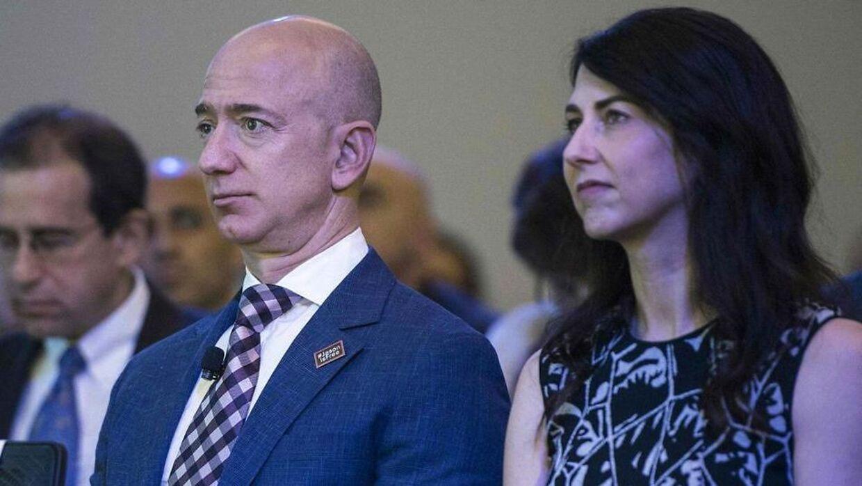 Jeff Bezos er stadig verdens rigeste.