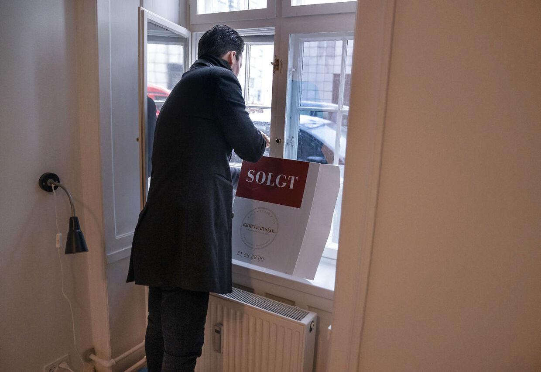 Lejligheder bliver solgt til redkordhøje priser i København.