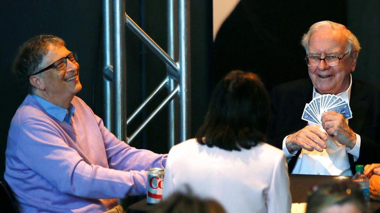 Warren Buffett spiller Bridge med Bill Gates.