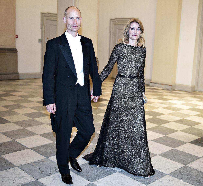 Helle Thorning-Schmidt og Steven Kinnock ved gallataffel på Christiansborg Slot i anledning af kronprinsens 50 års fødselsdag, lørdag den 26. maj 2018.. (Foto: Henning Bagger/Ritzau Scanpix)
