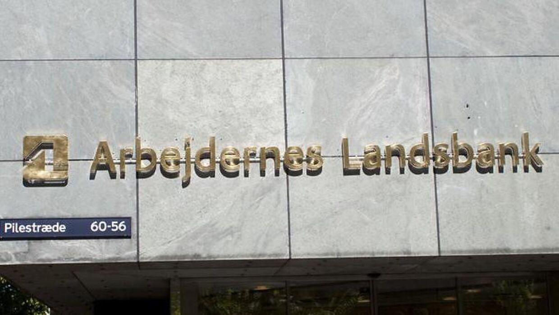 Arbejdernes Landsbank stopper deres sponsorat til landsholdet.