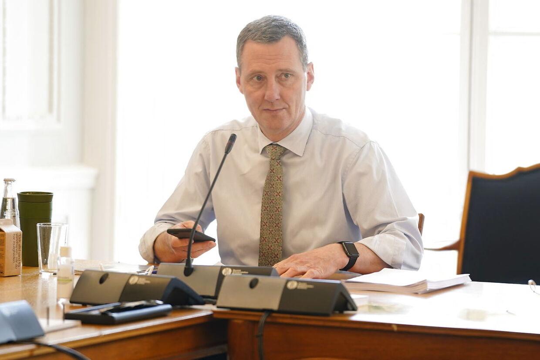 Justitsminister Nick Hækkerup peger på, at der er et problem med relativt mange udlændinge, der begår kriminalitet som voldtægter.