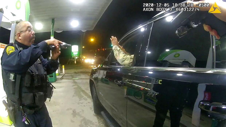 Her ses et billede fra anholdelsen af Caron Nazario.