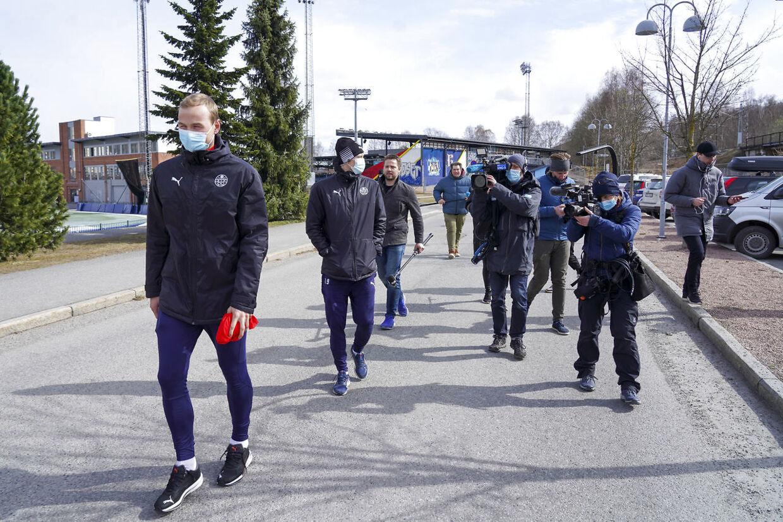 Spillerne fik i sidste ende væltet danske Henrik Pedersen som træner. (Foto: Ole Berg-Rusten / NTB)