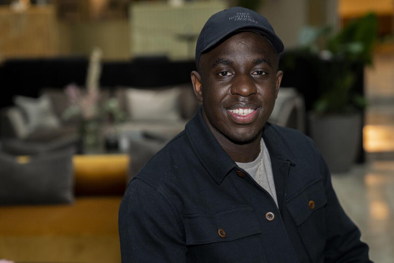 Melvin Kakooza kan snuppe hele fire statuetter til årets Zulu Awards. Han er nomineret som Årets Tv-vært og for Årets Tv-serie for Sunday. Desuden er han nomineret i to af de mere kulørte kategorier, nemlig Den, Vi Likede Mest og Det, Vi Alle Sammen Grinte Af. (Arkivfoto) Martin Sylvest/Ritzau Scanpix